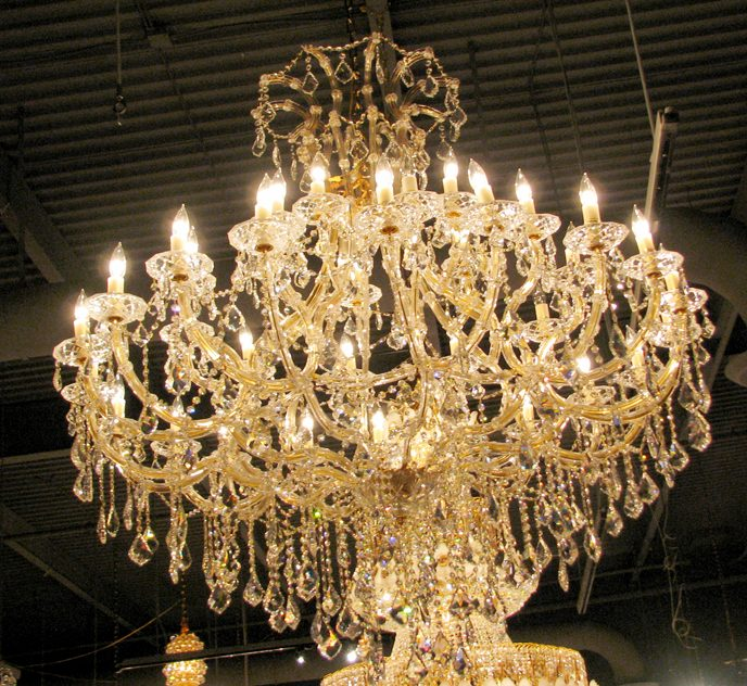 Stated elegance candelight chandelier 4514